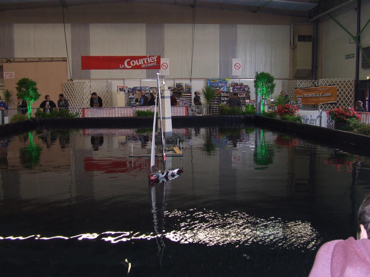 bateau sur le bassin