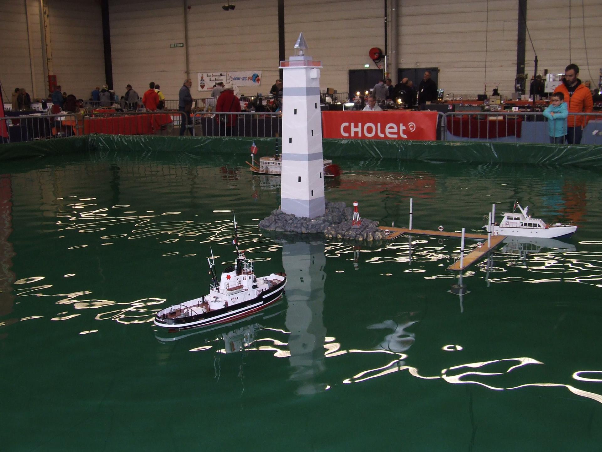 bateaux sur le bassin